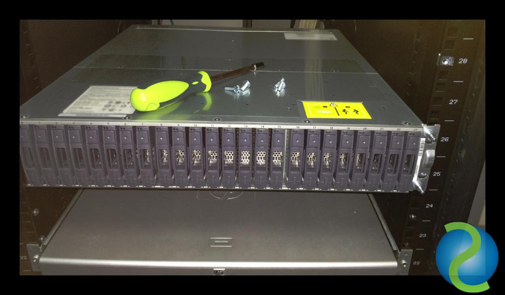 Instalar una DS2246 o FAS2240-2 en un Rack Universal de HP